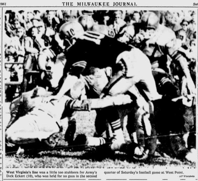 ArmyFB_1961_vsWVU-DickEckert_MilwaukeeJournal_Oct261961