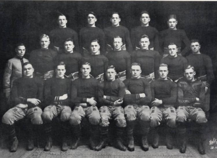 ArmyFB_1919_team_Howitzer20