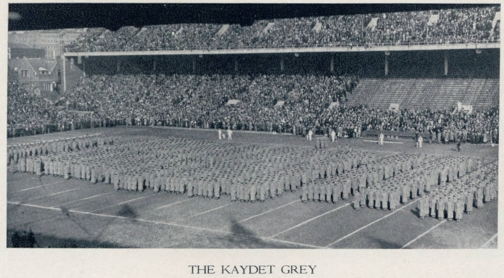 ArmyFB_1932_vsNavy_TheCorps