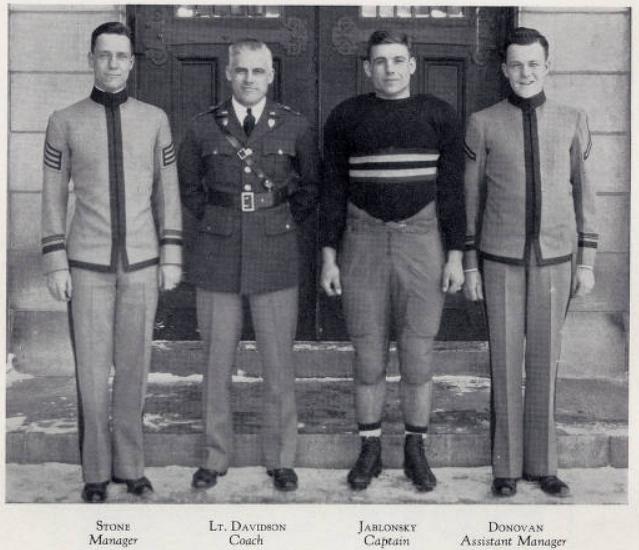 ArmyFB_1933_CoachDavidson-Jablonsky-Captain
