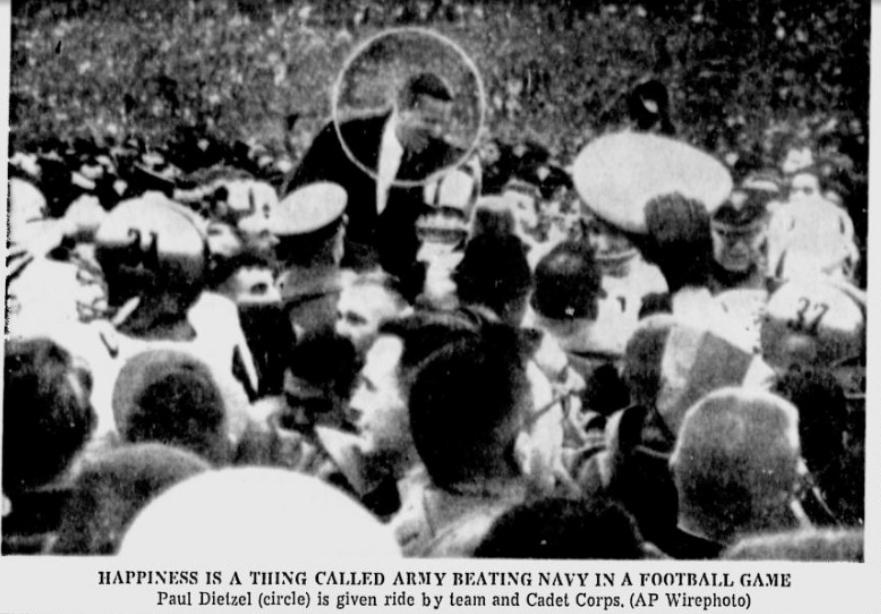 armyfb_1964_vsnavy-dietzel_newsandcourier_nov301964