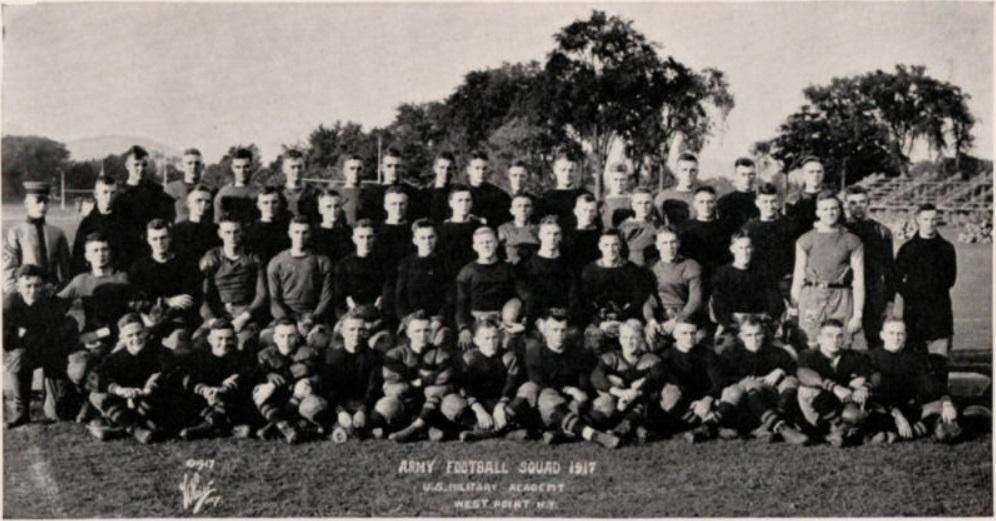 ArmyFB_1917_team_Howitzer1919