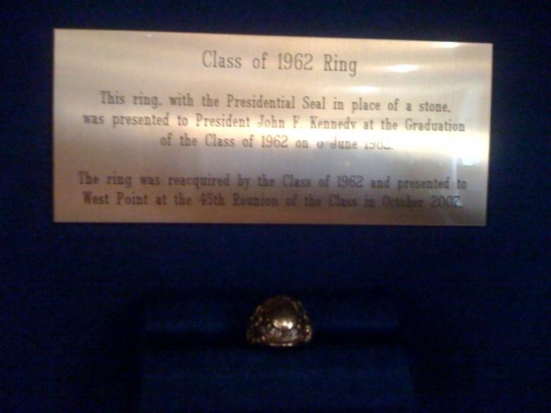 ring-w1962