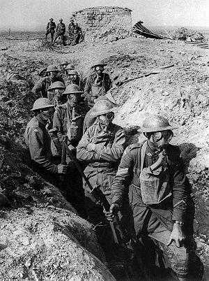 300px-Australian_infantry_small_box_respirators_Ypres_1917